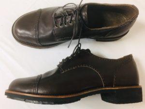 初めての靴作り。外ばねの一足目、修平君の靴作り。