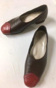 令和第4号は赤いトゥーがポイントのパンプスです。みつえさんの靴作り。